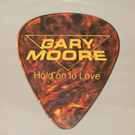 Gary Moore - Hold On To Love